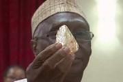 Tìm thấy 1 viên kim cương thô khổng lồ tại Sierra Leone