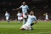Đánh bại M.U, Manchester City vô địch lượt đi sớm ba vòng đấu