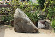 """Cần Đước: Khối đá nổi trên mặt nước giảm độ """"hot"""" với người dân"""