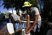 """Nam Phi: Thành phố Cape Town trước viễn cảnh """"Ngày không nước"""""""