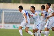V-League: Quảng Nam hạ FLC Thanh Hóa, Quảng Ninh lên ngôi đầu