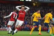 Thi đấu hơn người, Arsenal vẫn bị Atletico cầm hòa ở Emirates