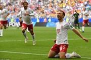 Đan Mạch vs Australia 1-1: 'Lính chì' rộng cửa vào vòng 1/8