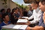 Cứu trợ đồng bào Việt kiều và người dân nghèo Campuchia sau lũ lụt