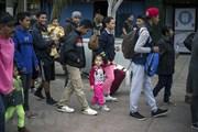 Mỹ vẫn giữ 565 trẻ em thuộc các gia đình nhập cư trái phép