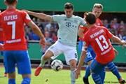 Cúp Quốc gia Đức: Nhà vô địch bị loại, á quân thắng nhọc đội hạng 4