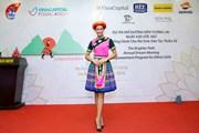 H'Hen Niê 'Mở đường đến tương lai' trong trang phục H'Mông