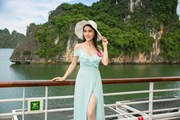 Thí sinh Hoa hậu Việt Nam thả dáng yêu kiều trên du thuyền 5 sao