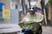 Trung-Nam Bộ tiếp tục mưa dông, Bắc Bộ, Hà Nội mưa rải rác, trời lạnh