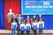 Báo Tin tức trao áo ấm cho học sinh nghèo vùng cao Hà Giang