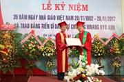 Trao bằng tiến sỹ danh dự tặng nguyên Thủ tướng Hàn Quốc Hwang Kyo Ahn