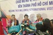 Vị khách thứ 6 triệu trong năm 2017 bật mí: Tôi mê phở Việt Nam