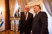 Tổng thống Đức lên án hành động đốt cờ Israel trong các cuộc biểu tình