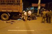 Đâm mạnh vào đuôi xe tải, hai thanh niên đi xe máy tử vong tại chỗ