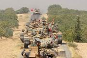 Bộ binh Thổ Nhĩ Kỳ và quân đồng minh đánh tràn qua biên giới Syria