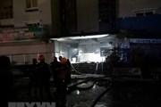 Khói lửa bất ngờ tái bùng phát tại hầm để xe chung cư Carina Plaza
