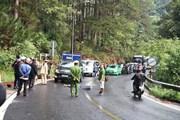 Xe máy đâm trực diện vào ôtô trên đèo Prenn, 2 người thương vong