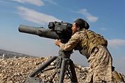 Giao nộp xe tăng và tên lửa TOW, phiến quân Syria rút khỏi Qalamoun
