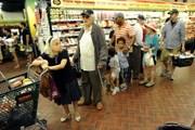 Doanh số bán nhà tăng nhưng kinh tế Mỹ có dấu hiệu chững lại