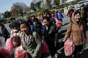 Báo Triều Tiên hối thúc người dân sẵn sàng 'thắt lưng buộc bụng'