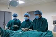 Cứu sống bệnh nhân hẹp khít 90% động mạch cảnh kèm nhồi máu não