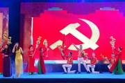 Khai diễn chương trình nghệ thuật 'Giữ trọn niềm tin với Đảng'
