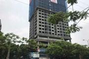 Hà Nội: Cần cẩu đứt cáp từ tầng 33, hai người bị thương