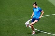 """EURO 2016: Đội tuyển Wales và """"vũ khí nguyên tử"""" Gareth Bale"""