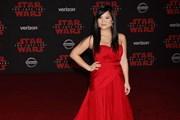 Kelly Marie Tran chọn êkíp Việt để 'gửi vàng' tại lễ ra mắt Star Wars