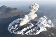 Nhật Bản: Núi lửa phun trào trên đảo Kyushu, cảnh báo cấp độ 3