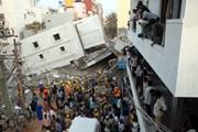 Sập nhà trong đêm tại Ấn Độ, 20 người có thể đã thiệt mạng