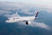 Máy bay chở khách hạ cánh khẩn cấp ở Peru do đe dọa có bom
