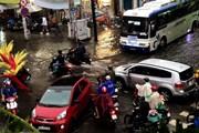 Chiều tối 15/11, các tỉnh phía Nam có mưa to gây ngập cục bộ