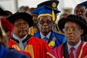 Zimbabwe: Tổng thống Mubage bất ngờ xuất hiện tại một trường đại học
