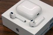 Bloomberg: Apple sẽ ra AirPod mới vào cuối năm 2018, hỗ trợ Siri
