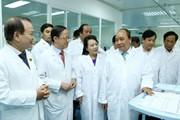 Thủ tướng mong y, bác sỹ chăm sóc người bệnh như ruột thịt của mình