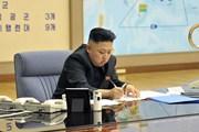 Dù bị trừng phạt, quan chức Triều Tiên vẫn dùng iPhone, MacBook