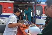Dùng trực thăng cấp cứu kịp thời ngư dân bị nạn ở Trường Sa