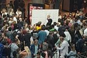 Sự cố mạng khiến màn hình thông tin sân bay lớn thứ 2 ở Anh tê liệt