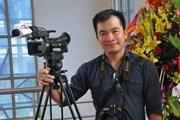 Bộ trưởng NN&PTNT truy tặng bằng khen cho nhà báo Đinh Hữu Dư