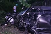 Xe ôtô con đâm vào xe container, một lái xe tử vong tại chỗ
