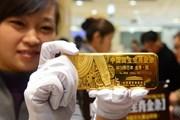 Đồng USD yếu đi khiến vàng hấp dẫn hơn đối với nhà đầu tư