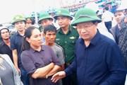 Phó Thủ tướng Trịnh Đình Dũng kiểm tra công tác phòng chống bão