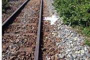 Cố tình vượt rào chắn, một người bị tàu hỏa đâm tử vong