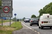 Anh cam kết ngăn chặn đường biên giới cứng tại Ireland