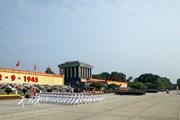 Hơn 500 đại biểu Cựu chiến binh toàn quốc viếng Lăng Bác