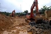 Bình Dương: Một công nhân tử vong do máy xúc đất va trúng đầu