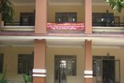 Giáo viên trường Trần Quang Khải treo băngrôn đòi công khai tài chính