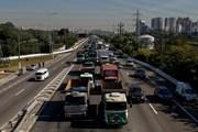 Brazil đạt thỏa thuận tạm ngừng cuộc đình công của tài xế xe tải