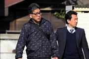 Người dân xếp hàng từ sáng sớm dự phiên tòa xét xử vụ bé Nhật Linh